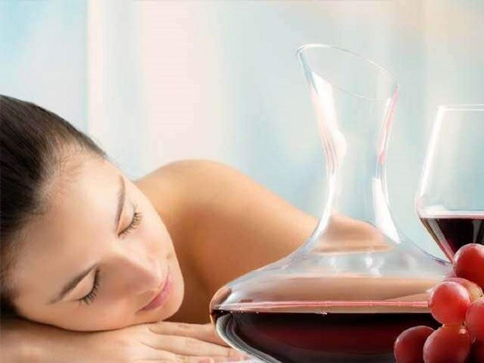 How to Get Glowing Skin With Wine Facial?